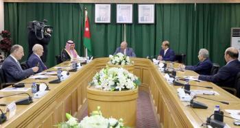 الفايز يشيد بالمستوى الرفيع للعلاقات الأردنية السعودية