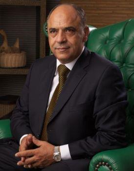 عمر اللوزي