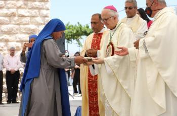 الكنيسة الكاثوليكية تحيي يوم الحج المسيحي بكنيسة سيدة الجبل في عجلون