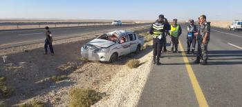 اصابتان بحادث تدهور على الطريق الصحراوي