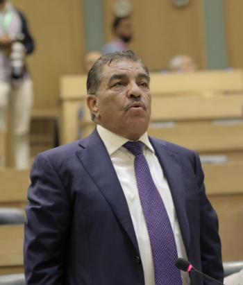 النائب الزعبي: رئيس وزراء سابق حول 10 ملايين دينار إلى ابنه في امريكا