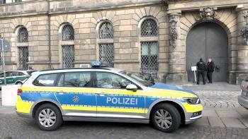 برغم تلقيها 1600 معلومة ..  الشرطة الألمانية تعجز عن تحديد مكان المجوهرات