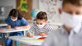 للحفاظ على سلامة الطلاب والمعلمين بزمن كورونا ..  نصائح من الصحة العالمية