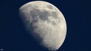بيزوس يعلنها: بي-7 يضع المرأة الأولى على القمر