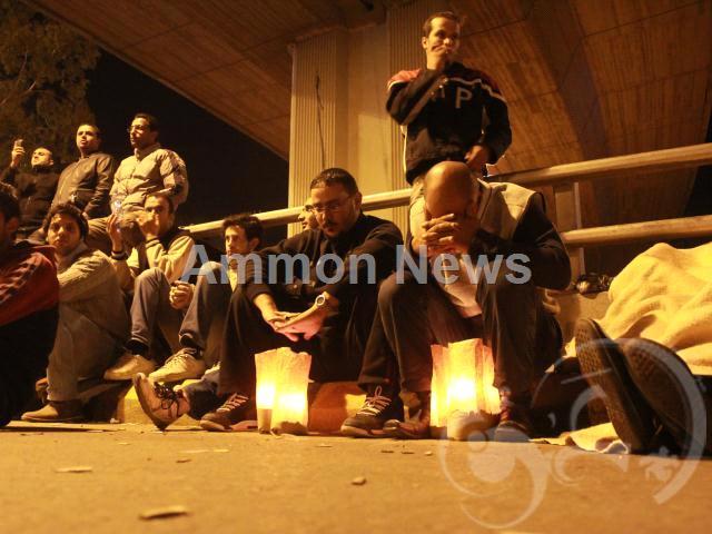 الأردن اعتصام الداخلية بالمياه الهروات big2012111452RN431.jpeg
