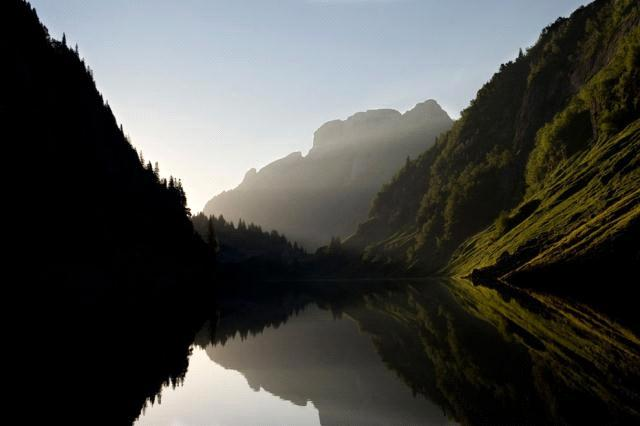 """افضل صورة لـ""""ناشونال جيوغرافيك"""" كوكبنا big2012829656RN474.jpeg"""