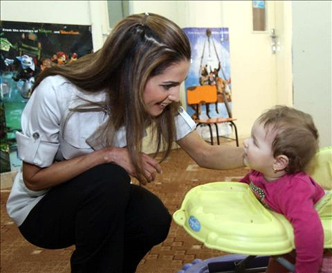 7a10b8e1b2832 الملكة رانيا ضمن قائمة مجلة فوربس الأمريكية لأقوى 100 سيدة في العالم للعام  2010