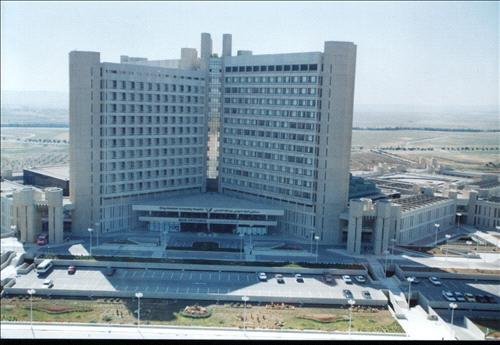 دكتور في مستشفى الملك عبد الله يرفض إجراء قسطرة لإحدى السيدات