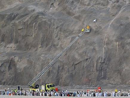 السعودية : انقاذ حاج تعلق بمرتفع جبلي في مكة