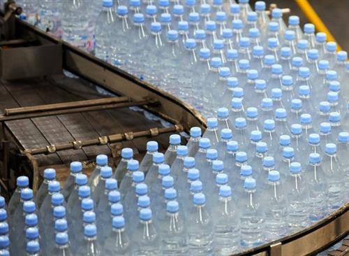 إغلاق مصنع مياه لوجود جرثومة