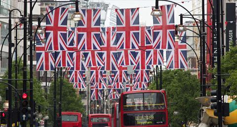الاعلام البريطانية في الاحتفال الماسي