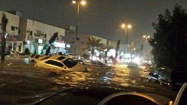 امطار الرياض الله يستر Big20131117012RN136