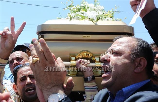 جثمان طارق عزيز يوارى الثرى big2015613183RN378.jpeg