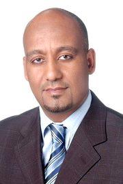 عمر العزبي / الامارات