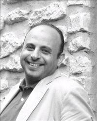 الدكتور وليد ابودلبوح