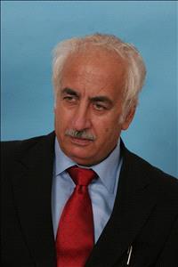 يوسف ناصر